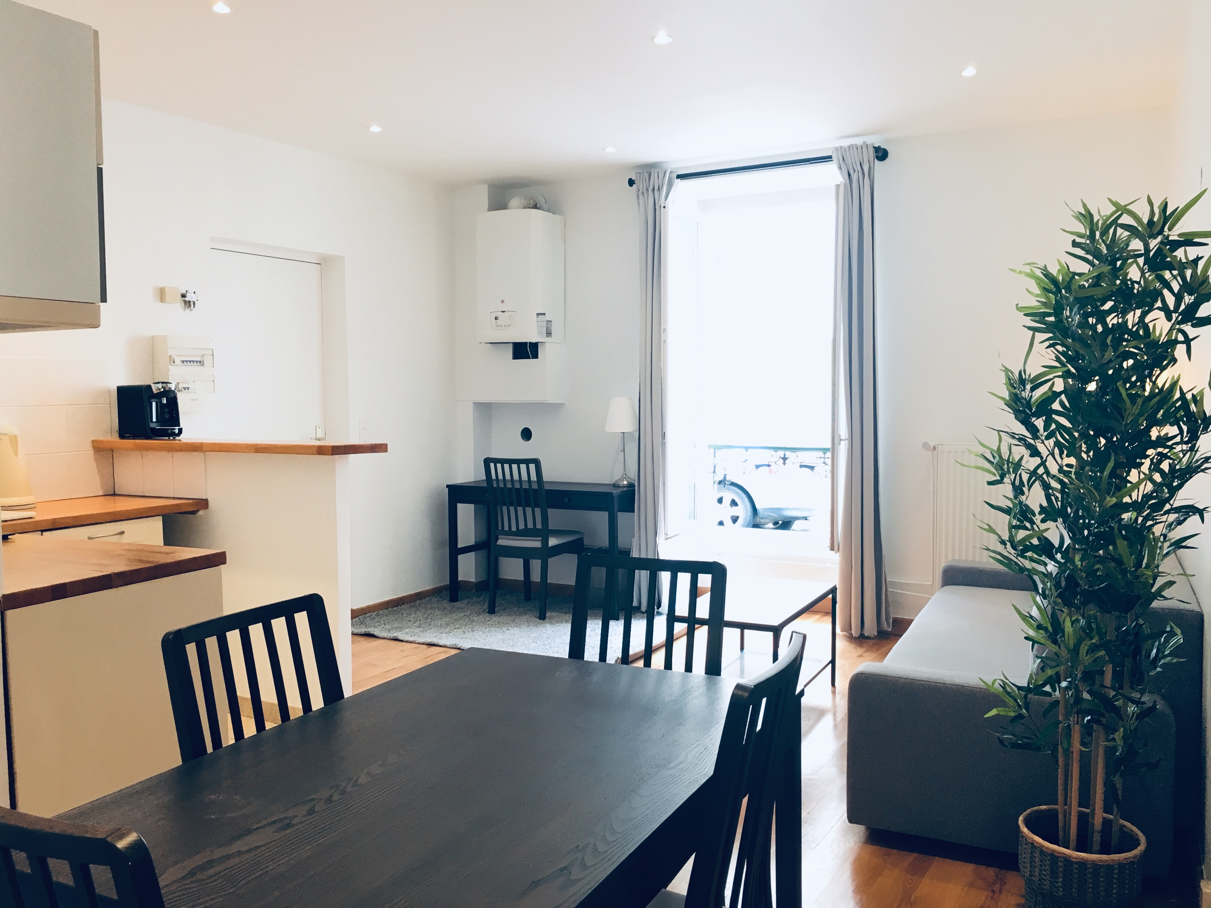 Fontainebleau insead mba housing rent