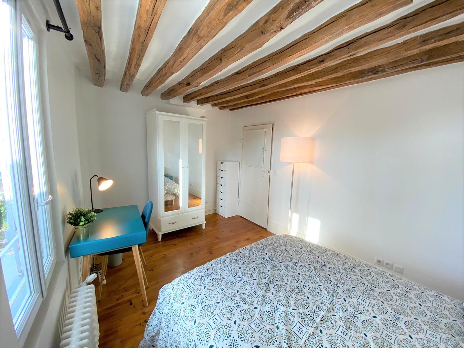 Bedroom 3 Insead MBA housing rental fonty flats