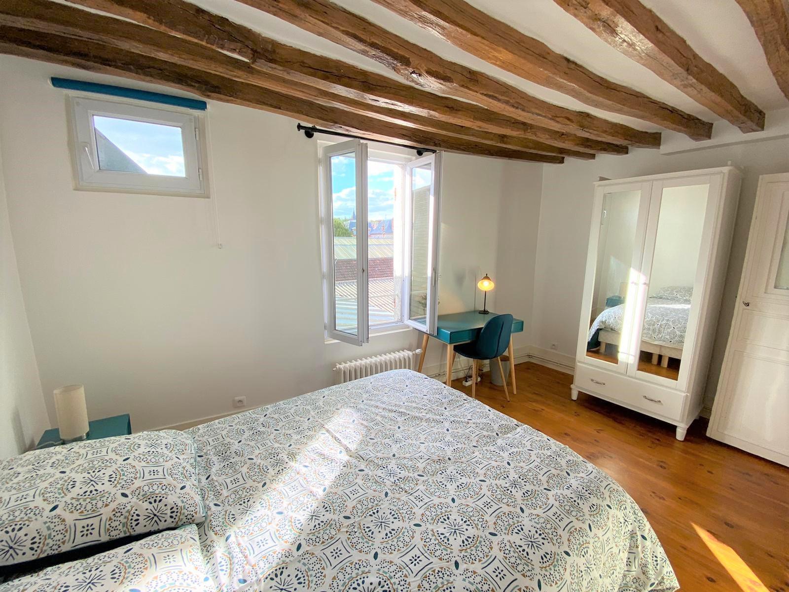 Bedroom 3 Insead MBA housing rental