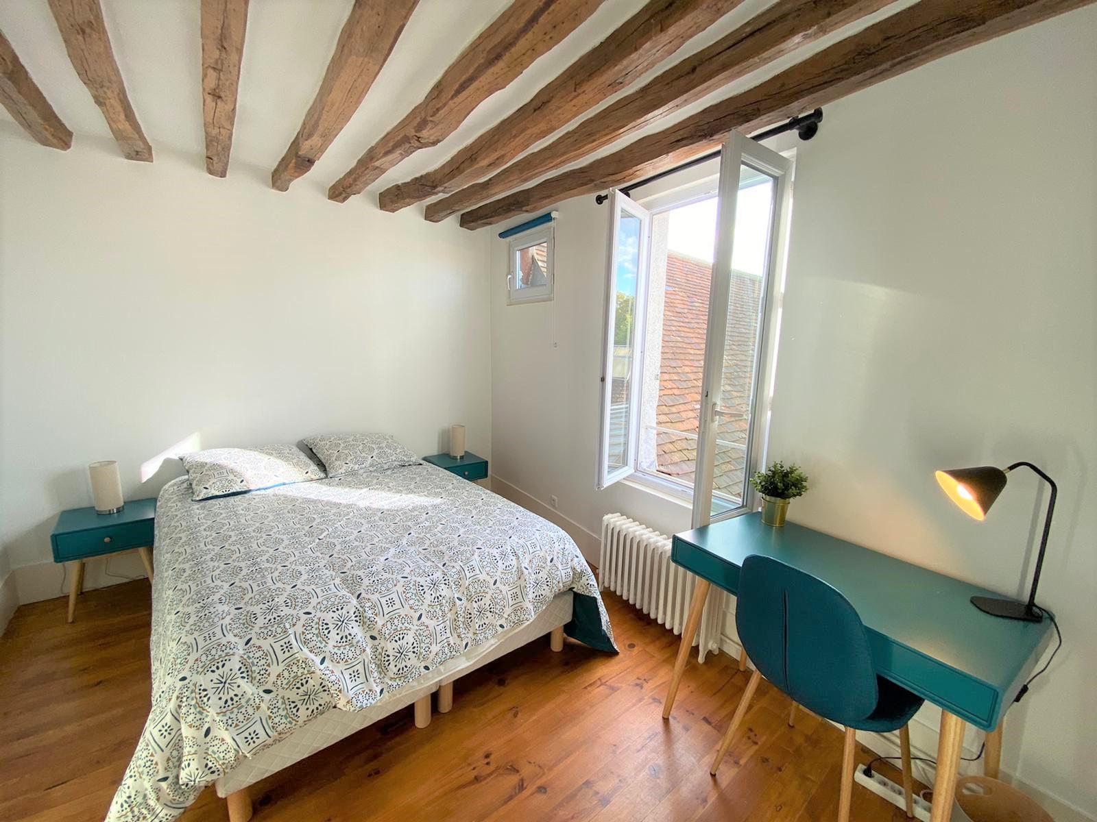 Bedroom 3 Insead MBA housing
